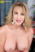 Annette wants to watch u jack off