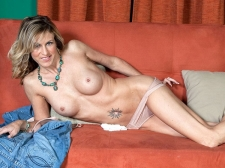 Gianna opens up, just for you!