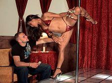 Strip Strip club Leg Vixen